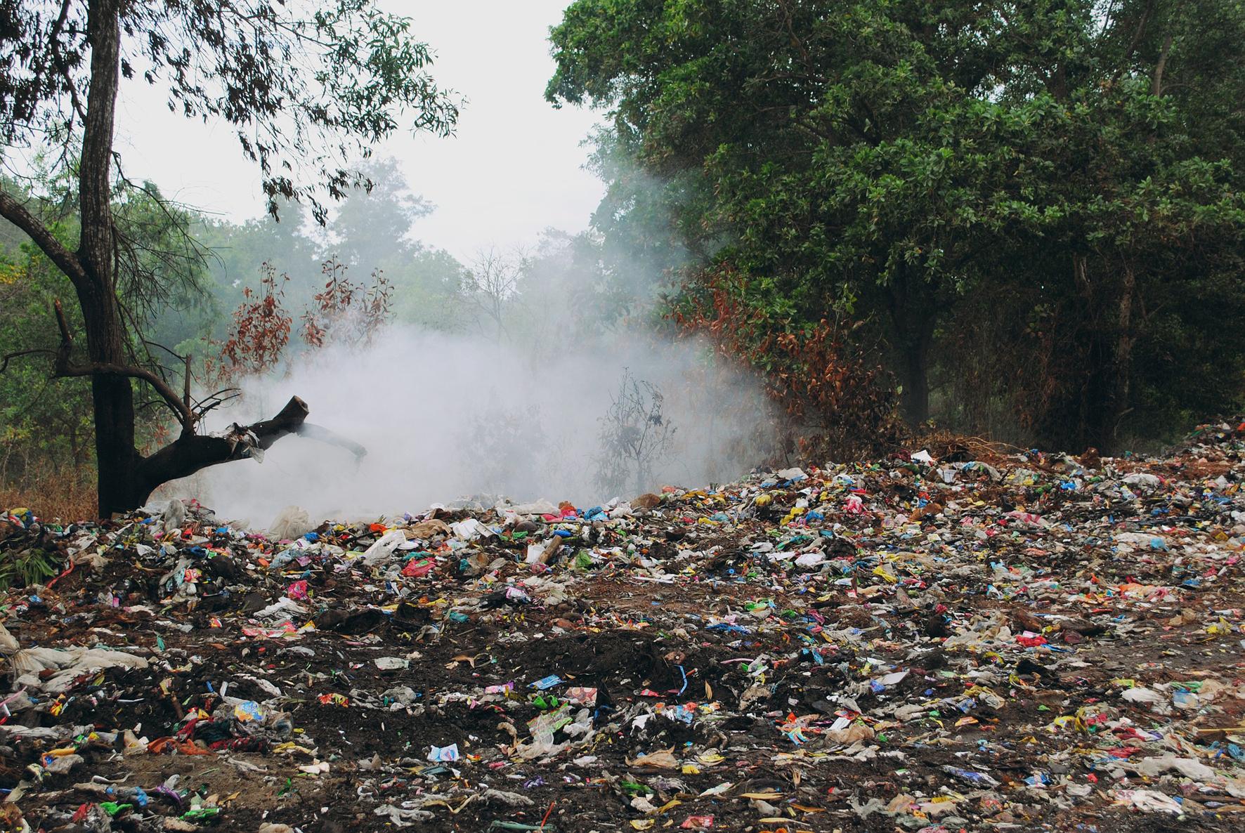 """CEMEX beteiligt sich am """"Tag der Erde"""" 2019 mit Recycling- und Upcycling-Workshops für Schülerinnen und Schüler."""